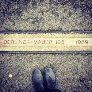 תרגום לגרמנית של חומת ברלין